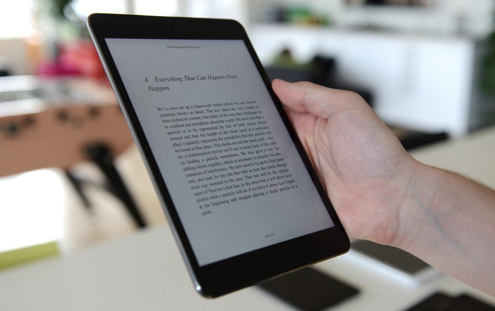 16077fbe7cf iPad'en og Nexus 7 er de bedste til boglæsning på grund af deres helt  vidunderlige skærm. Begge har en PPI på 324, og man får ikke ondt i øjnene  eller skal ...
