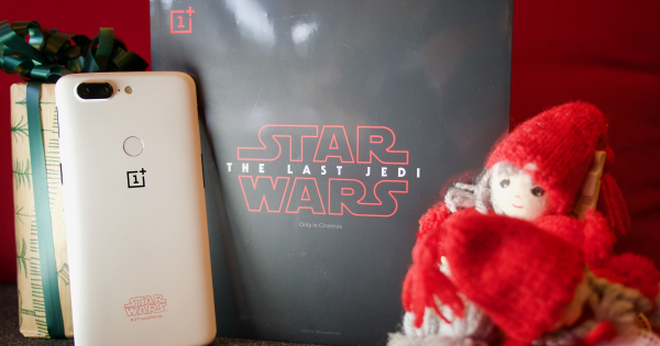 Advents-quiz: Vind den fede OnePlus 5T Star Wars Limited Edition