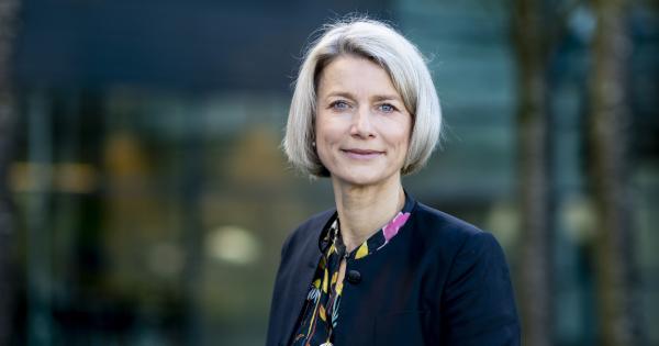 KMD-topchef bekræfter yderligere nedskæringer i den danske stab...