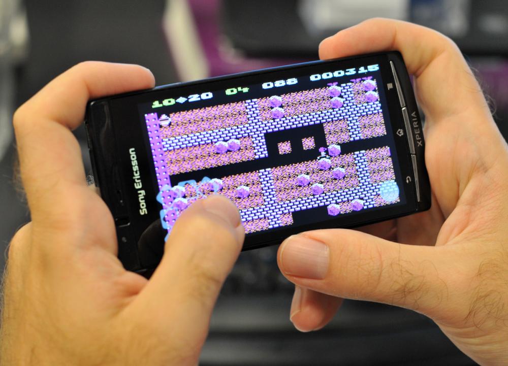 Sådan spiller du Commodore 64-spil gratis på din mobil - Computerworld